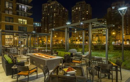 Resident Fire Pit | Apartments Homes for rent in Arlington, VA | Parc Meridian at Eisenhower Station